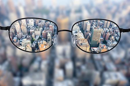全飞激光近视手术安全吗?有无后遗症?