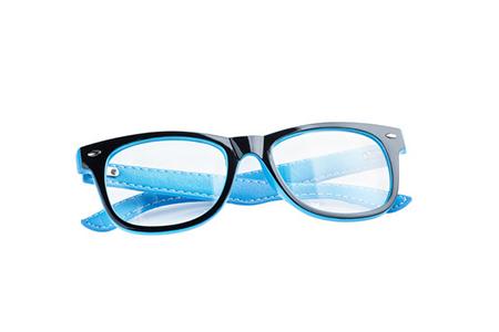 学生适合带离焦眼镜吗