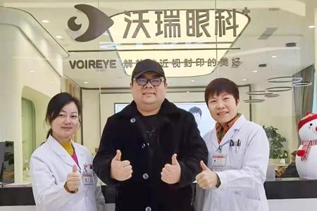 同一位患者3次选择付院长,视力从0.06恢复到0.5!
