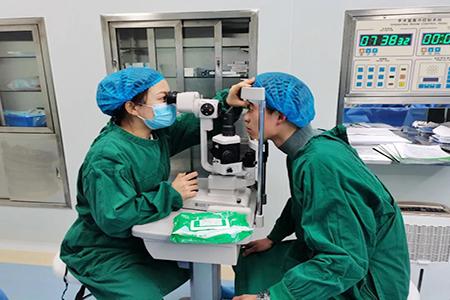 """""""00后""""河南大学生为何跑到合肥做手术?"""