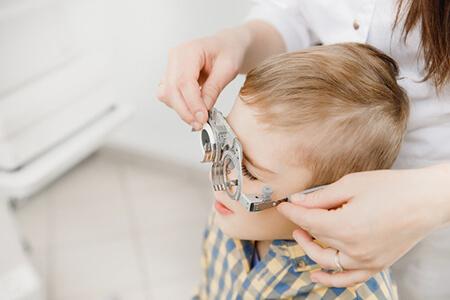 为什么首次验光配镜,一定要到眼科医院?