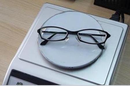 离焦眼镜为何受到欢迎?有什么优势?