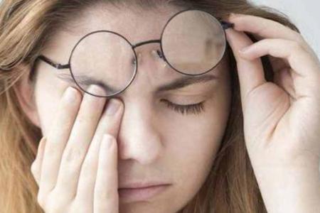 去医院验光,然后去网上配近视眼镜可靠吗?
