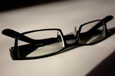 周边离焦眼镜有什么优势?