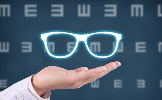 眼睛做晶体手术多少钱就可以了?