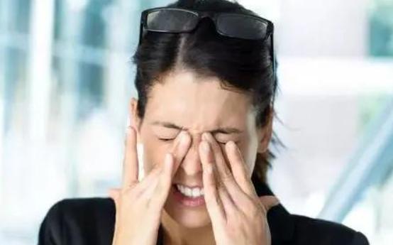 患有干眼症雾化治疗管用吗?