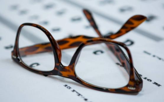坚持视力养护,终生受益!
