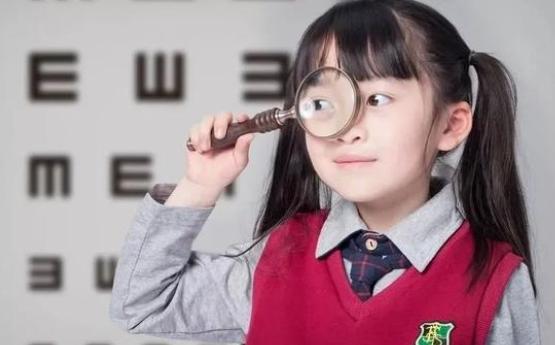小学生近视多少度需要配眼镜?