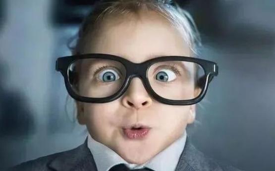 离焦镜片能用眼镜布擦吗?