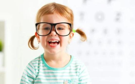 什么牌子的离焦眼镜好?