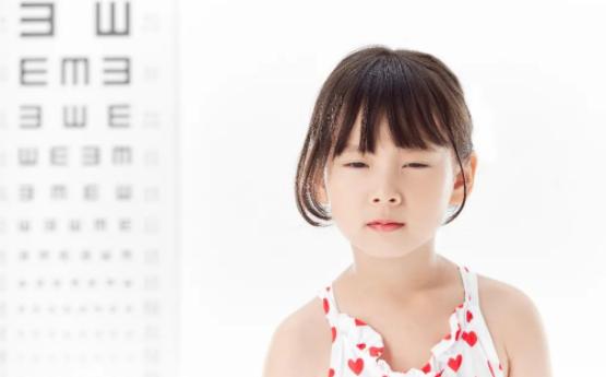 小孩视力如何矫正?