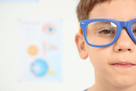 多少度数不适合带离焦眼镜?