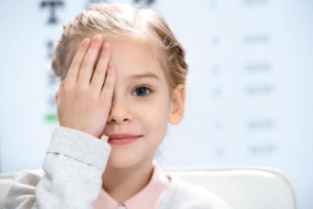 新学期家长们注意好孩子的视力,多个误区需认识!