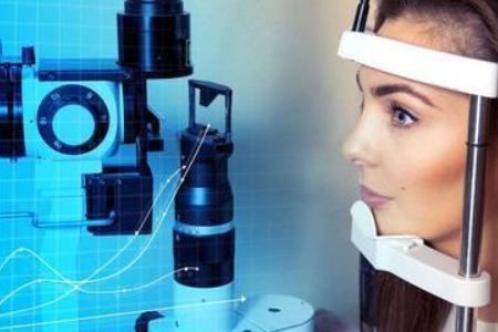 医生医生,听说有眼药水能控制近视?对,没错!